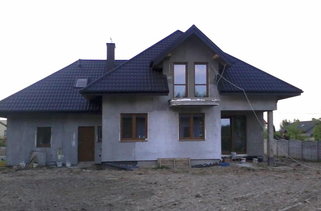 Строительство одноэтажного дома, площадью 205 м2 с мансардой и гаражом