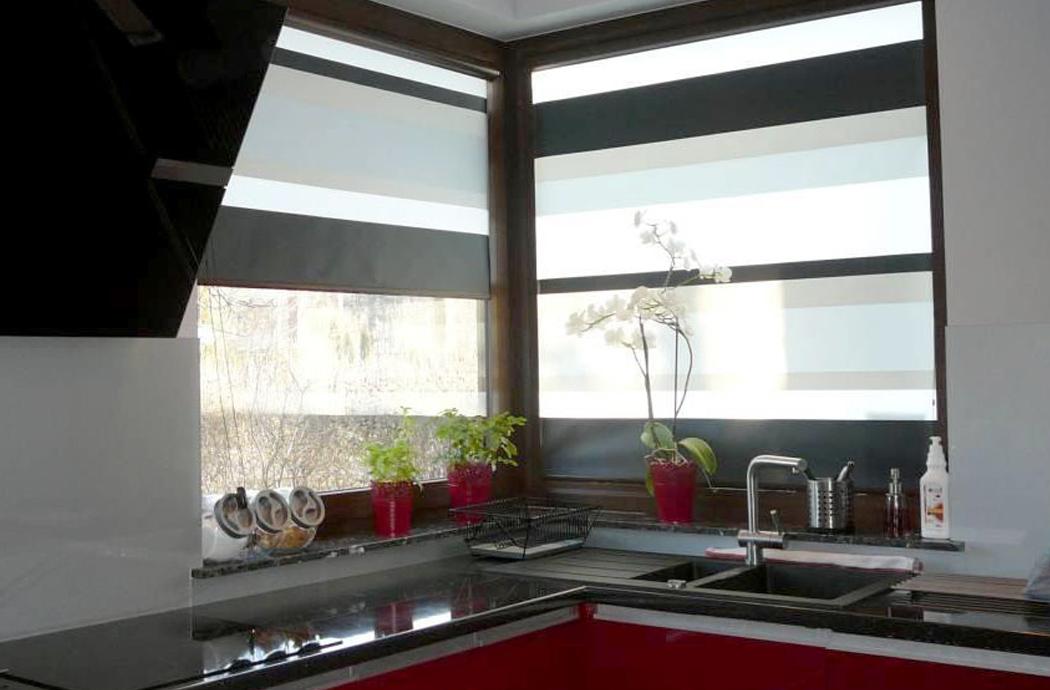 Строительство двухэтажного дома, площадью 181 м2, кухня