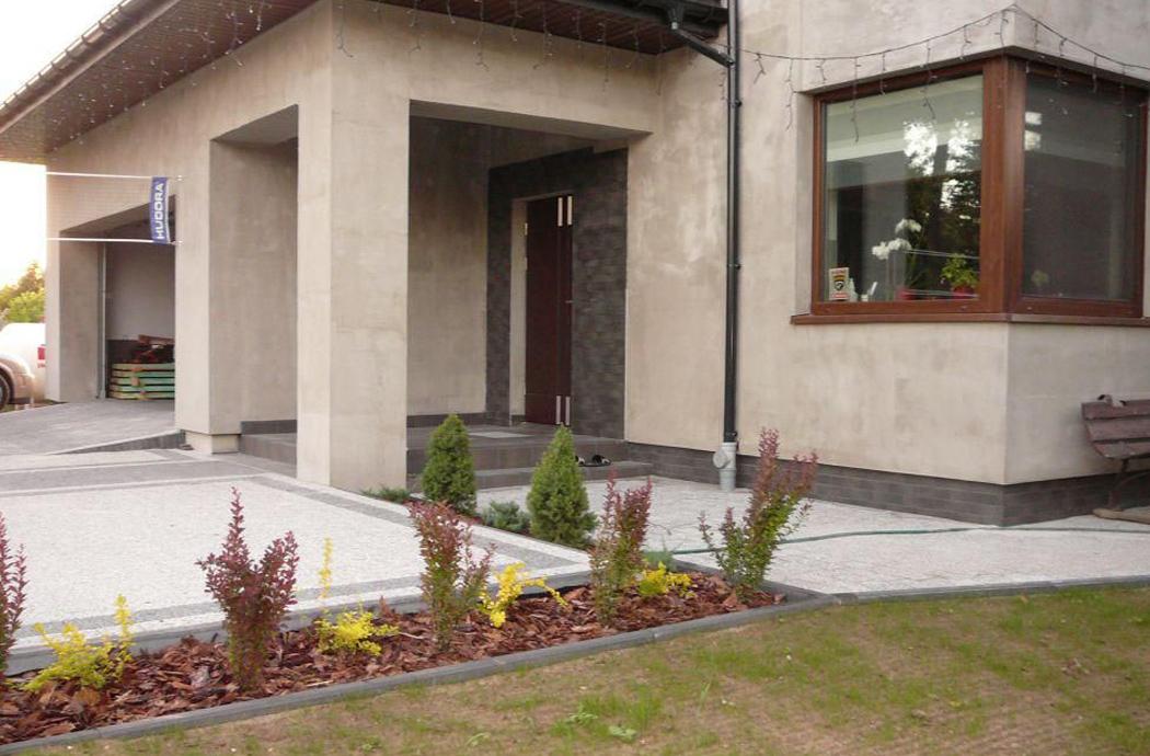 Строительство двухэтажного дома, площадью 181 м2, вид на крыльцо