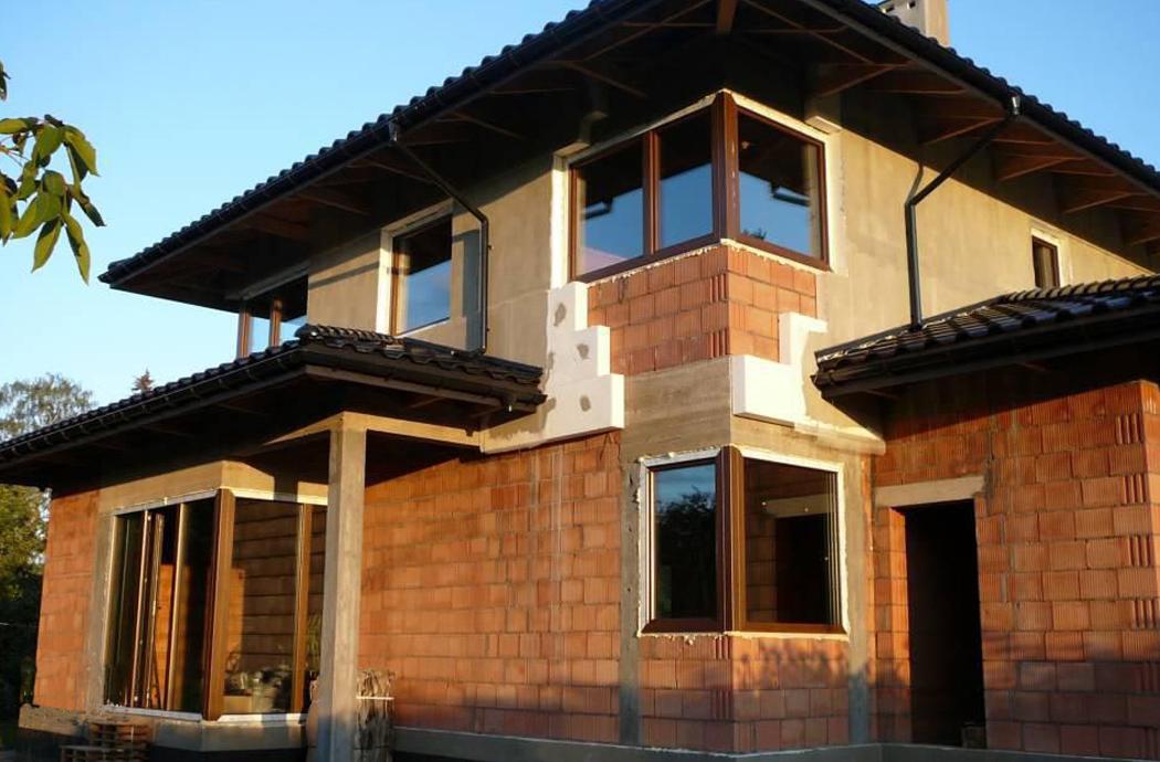 Строительство одноэтажного дома, площадью 181 м2, утепление 2-го этажа