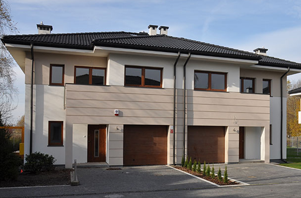 Строительство двухэтажного дома, площадью 250 м2, двор