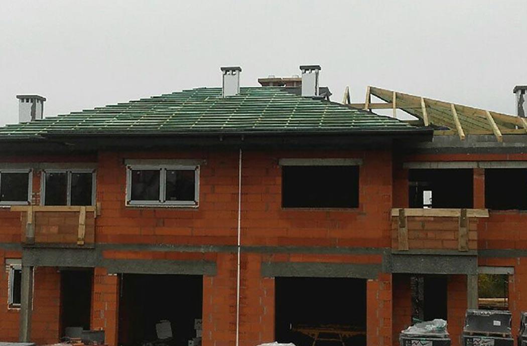 Строительство двухэтажного дома, площадью 250 м2, крыша