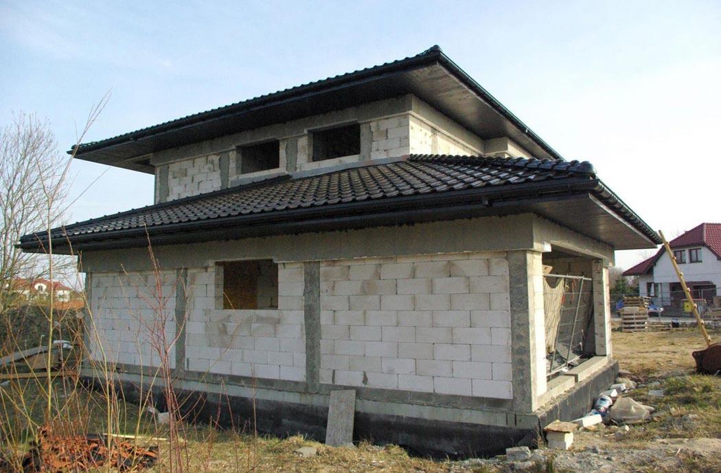 Строительство одноэтажного дома, площадью 278 м2, вид сзади